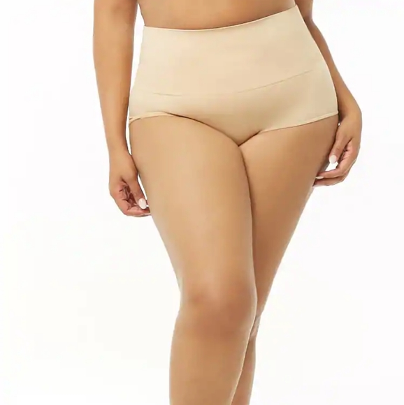 FOREVER 21 PLUS SIZE  SEAMLESS KNIT PANTIE